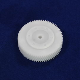 الصين OEM ODM Parts Injection Moulding Molded Plastic Injection Gear For Machine المزود