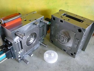 الصين PP Material Plastic Injection Mold Manufacturing Mutil Color Acceptable المزود